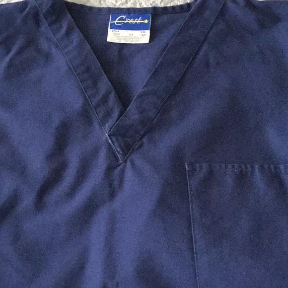 Crest Tops - Crest unisex scrub top